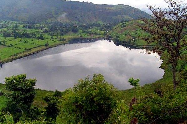 En la laguna de ortices la resistencia tambi n resuena for Lagunas para cachamas