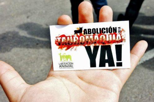 """""""¡Abolición de la tauromaquia ya!"""". Foto: Carlos Crespo."""