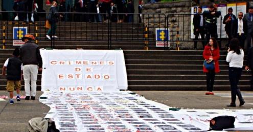 Las víctimas exigen resultados en las investigaciones y que se juzgue a los culpables. Foto: Camila Ramírez.