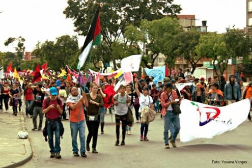 Al menos 2.500 personas participaron en la conmemoración del 1 de mayo en el sur de Bogotá. Foto: Yovana Vargas.